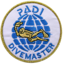 padi_dive_master_badge